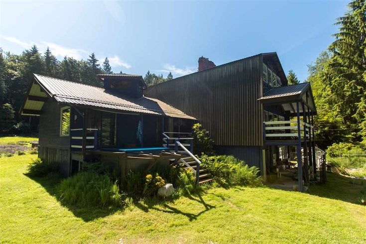 620 SHAWANABE ROAD - Gambier Island House/Single Family for sale, 7 Bedrooms (R2479863)