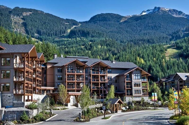 102D 2020 LONDON LANE - Whistler Creek Apartment/Condo for sale, 2 Bedrooms (R2479869)