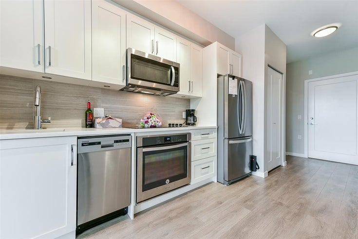 F206 20211 66 AVENUE - Willoughby Heights Apartment/Condo for sale, 1 Bedroom (R2480728)
