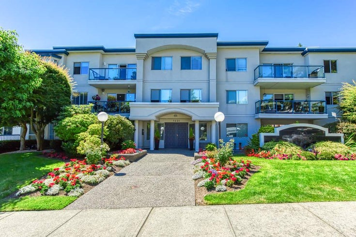 302 1441 BLACKWOOD STREET - White Rock Apartment/Condo for sale, 2 Bedrooms (R2481015)