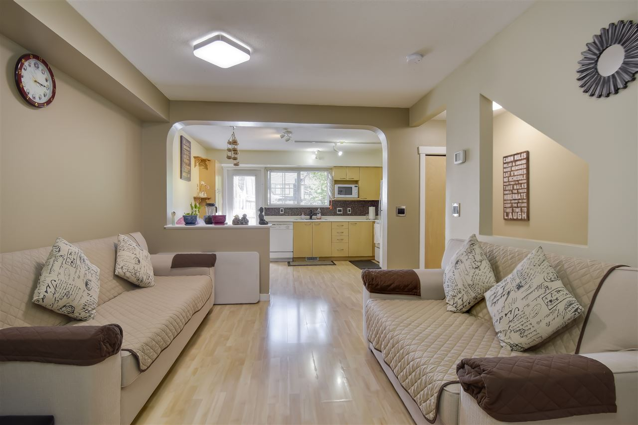 5 12778 66 AVENUE - West Newton Row House (Non-Strata) for sale, 2 Bedrooms (R2481128) - #1