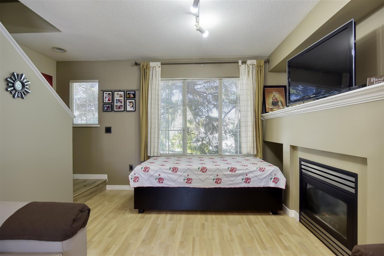 5 12778 66 AVENUE - West Newton Row House (Non-Strata) for sale, 2 Bedrooms (R2481128) - #5