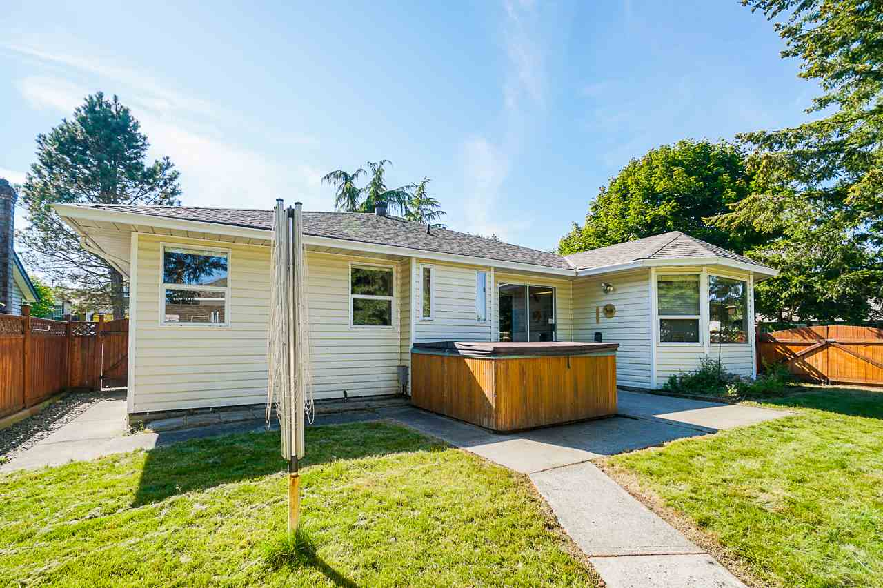 9092 160A STREET - Fleetwood Tynehead House/Single Family for sale, 3 Bedrooms (R2481370) - #34