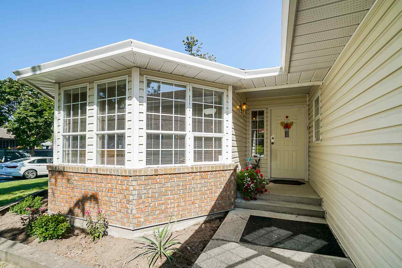 9092 160A STREET - Fleetwood Tynehead House/Single Family for sale, 3 Bedrooms (R2481370) - #5