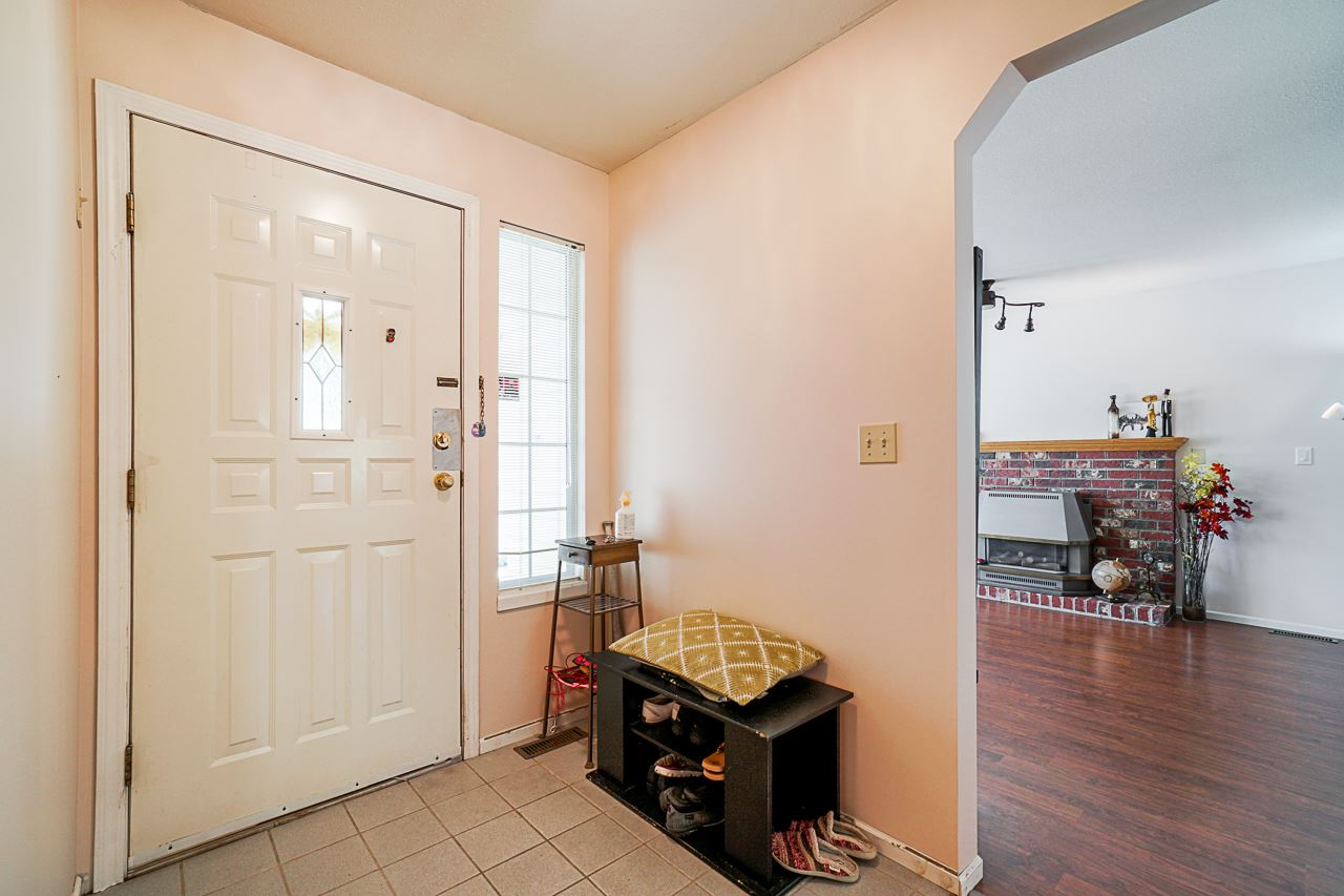 9092 160A STREET - Fleetwood Tynehead House/Single Family for sale, 3 Bedrooms (R2481370) - #6