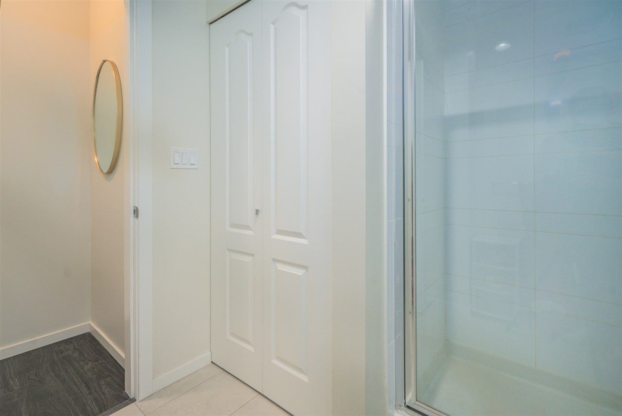 216 3107 WINDSOR GATE - New Horizons Apartment/Condo for sale, 2 Bedrooms (R2481599) - #23