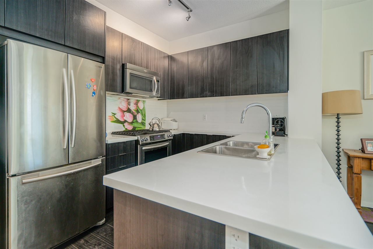 216 3107 WINDSOR GATE - New Horizons Apartment/Condo for sale, 2 Bedrooms (R2481599) - #5