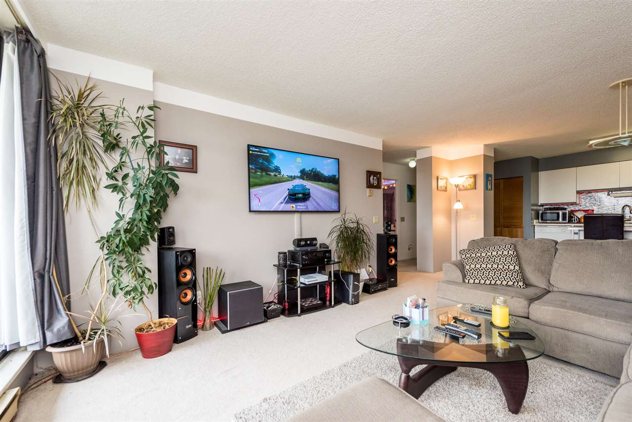 2001 3970 CARRIGAN COURT - Government Road Apartment/Condo for sale, 1 Bedroom (R2481608) - #2