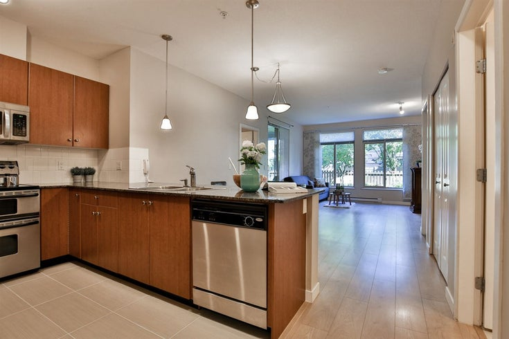111 10180 153 STREET - Guildford Apartment/Condo for sale, 2 Bedrooms (R2481626)