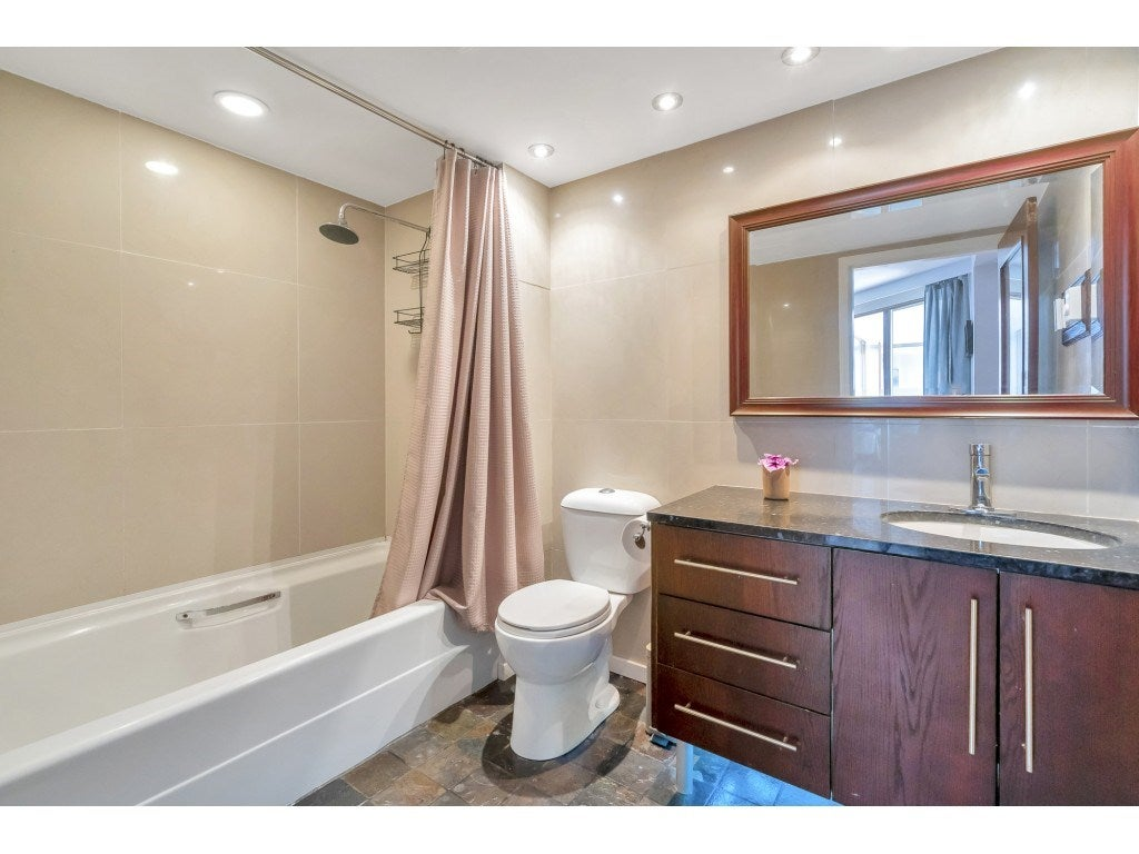 807 15111 RUSSELL AVENUE - White Rock Apartment/Condo for sale, 2 Bedrooms (R2481638) - #17