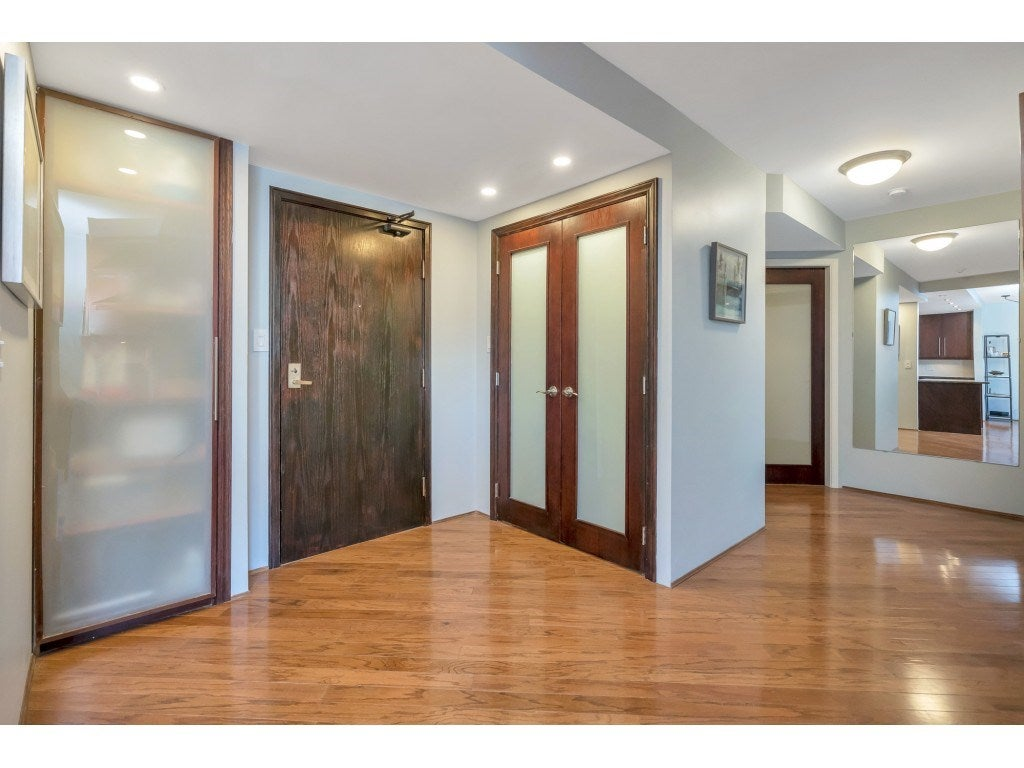 807 15111 RUSSELL AVENUE - White Rock Apartment/Condo for sale, 2 Bedrooms (R2481638) - #2