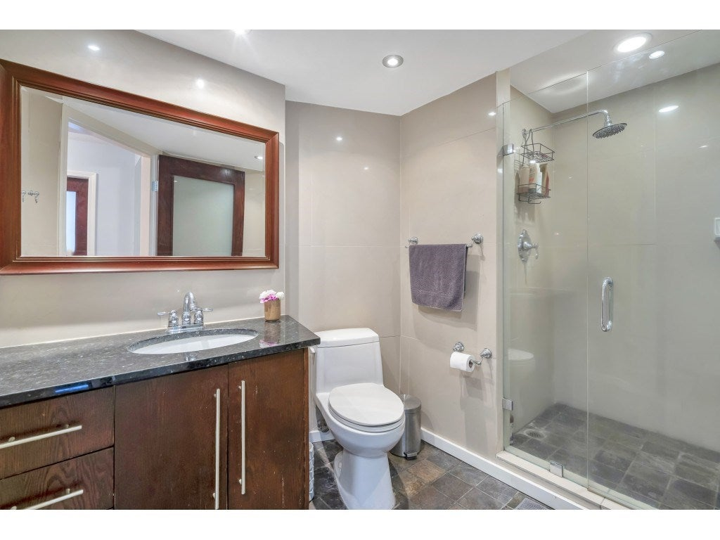 807 15111 RUSSELL AVENUE - White Rock Apartment/Condo for sale, 2 Bedrooms (R2481638) - #20