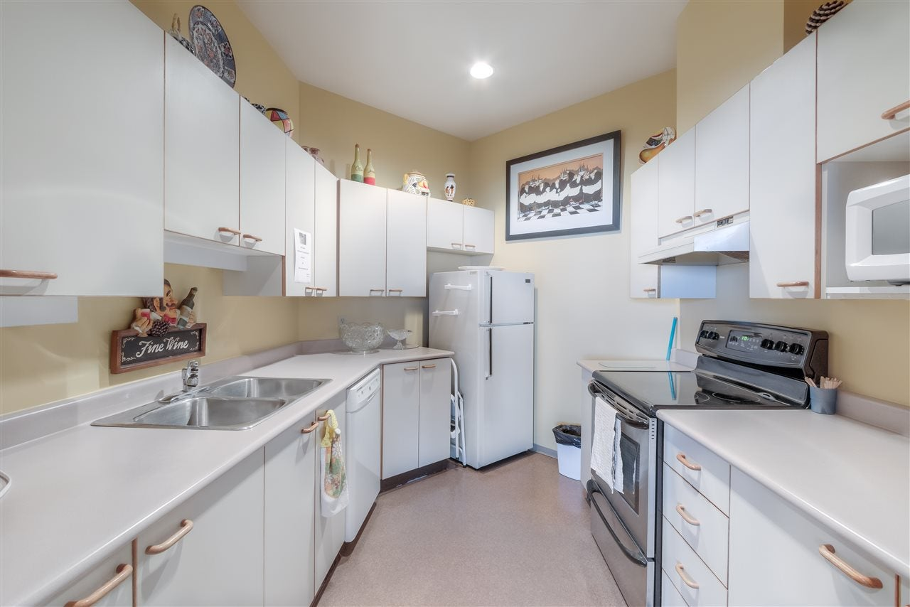 807 15111 RUSSELL AVENUE - White Rock Apartment/Condo for sale, 2 Bedrooms (R2481638) - #36