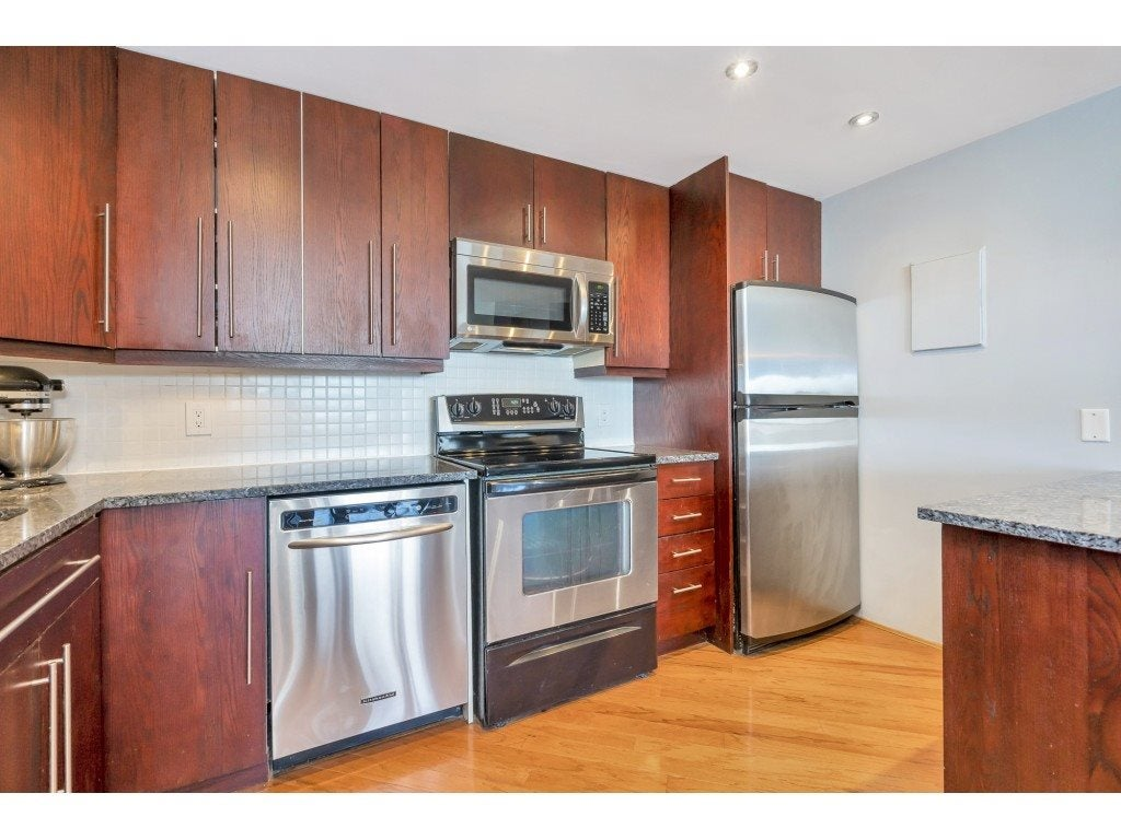 807 15111 RUSSELL AVENUE - White Rock Apartment/Condo for sale, 2 Bedrooms (R2481638) - #4