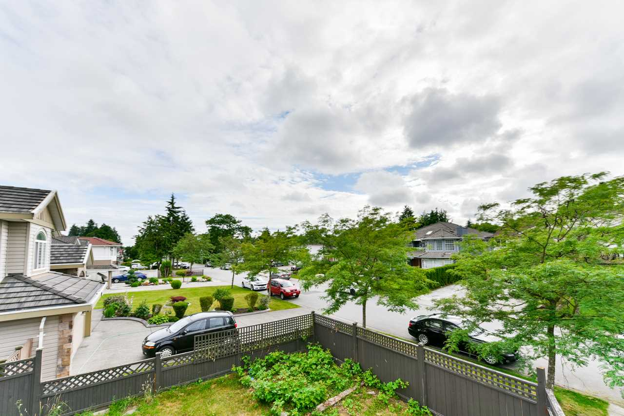12460 95A AVENUE - Queen Mary Park Surrey House/Single Family for sale, 8 Bedrooms (R2481673) - #17