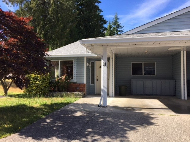 11 824 NORTH ROAD - Gibsons & Area Townhouse for sale, 2 Bedrooms (R2481809)