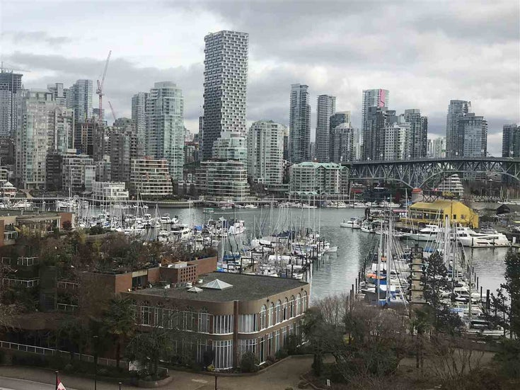 703 1450 PENNYFARTHING DRIVE - False Creek Apartment/Condo for sale, 2 Bedrooms (R2481932)