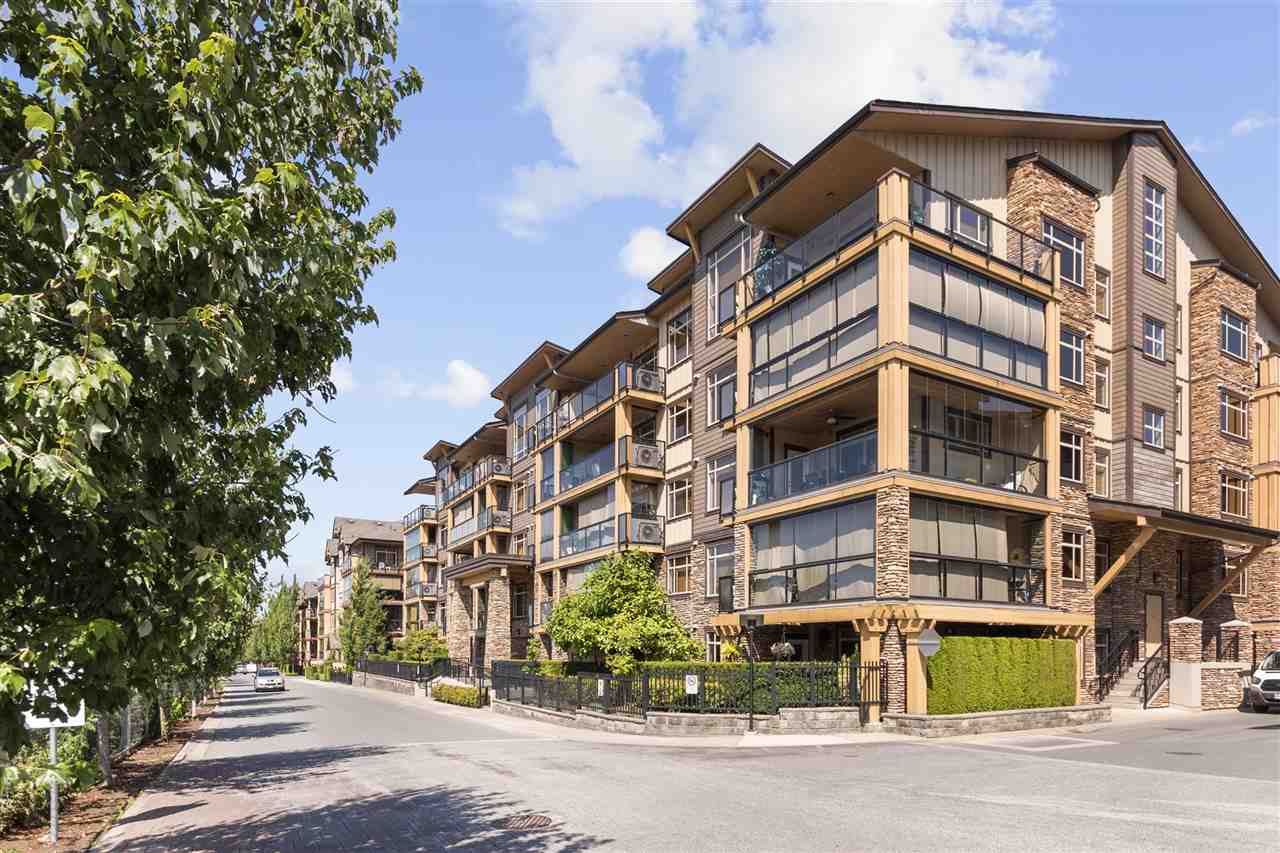205 8258 207A STREET - Willoughby Heights Apartment/Condo for sale, 2 Bedrooms (R2482031) - #1