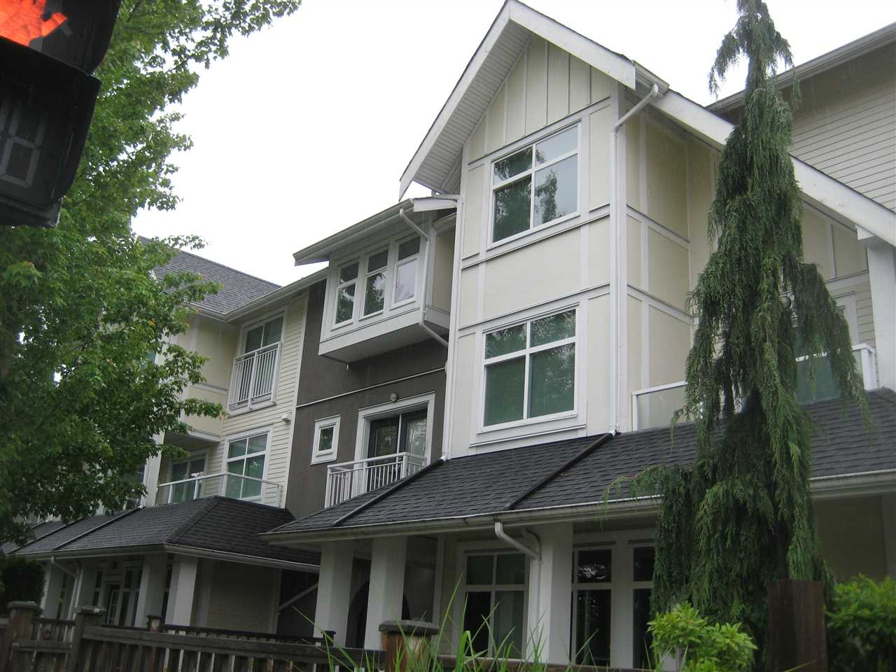 23 6965 HASTINGS STREET - Sperling-Duthie Apartment/Condo for sale, 2 Bedrooms (R2482053) - #1