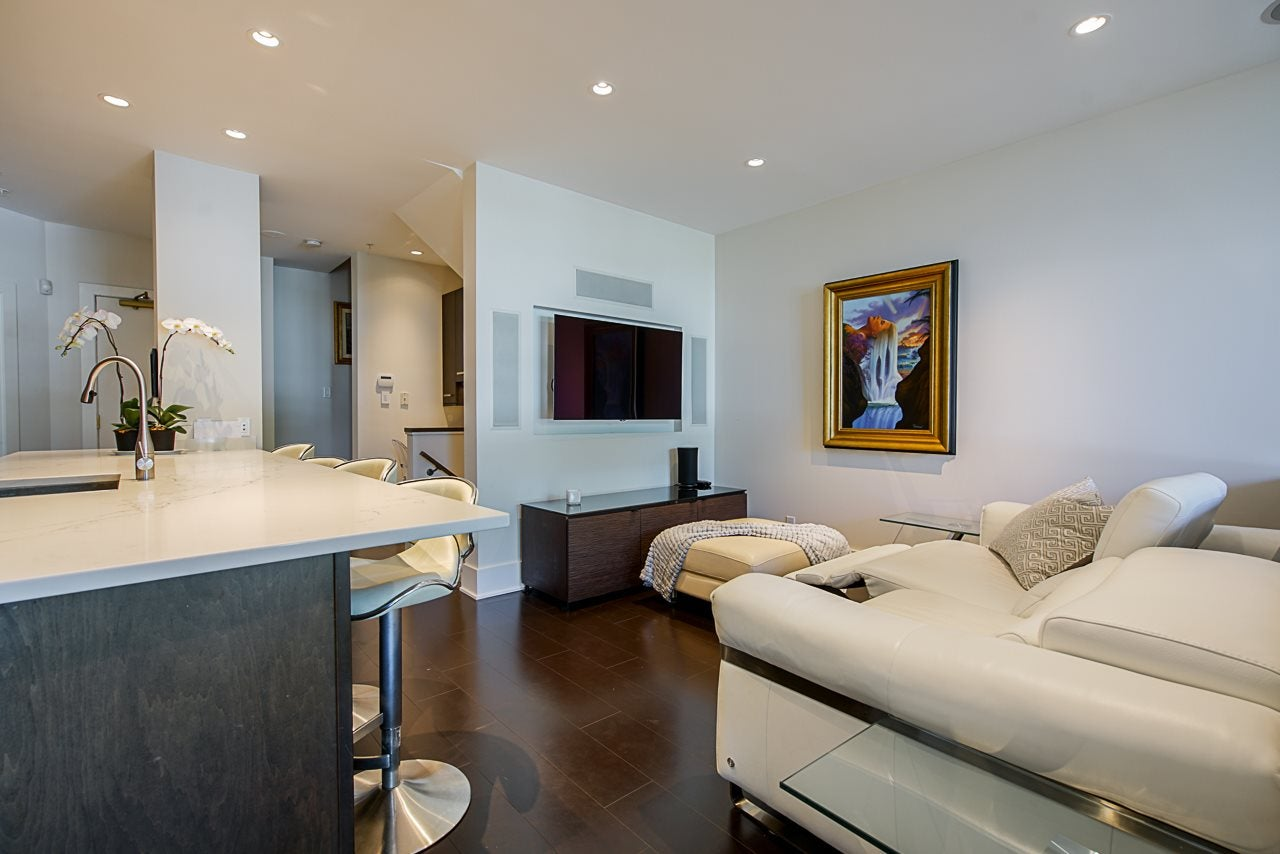116 1228 MARINASIDE CRESCENT - Yaletown Townhouse for sale, 2 Bedrooms (R2482147) - #16