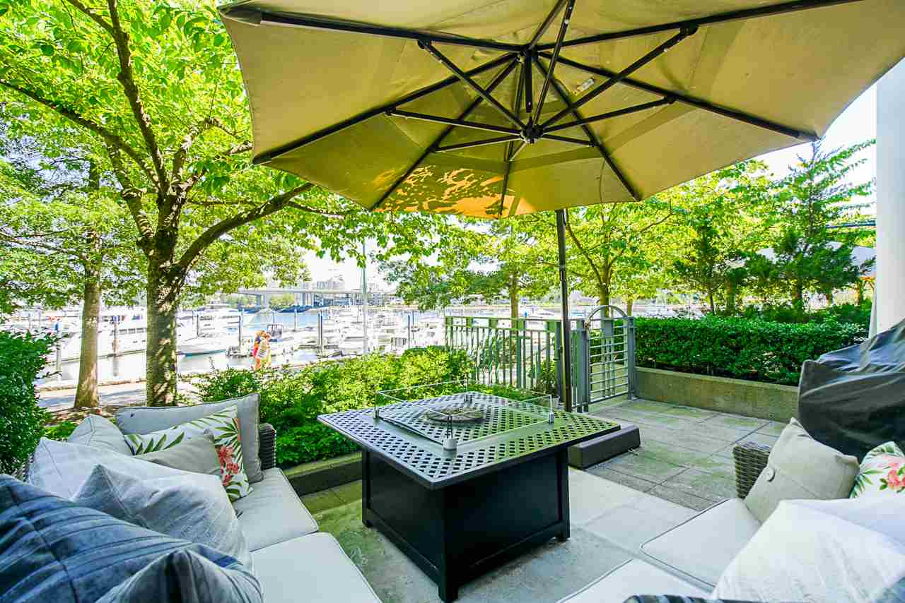 116 1228 MARINASIDE CRESCENT - Yaletown Townhouse for sale, 2 Bedrooms (R2482147) - #3