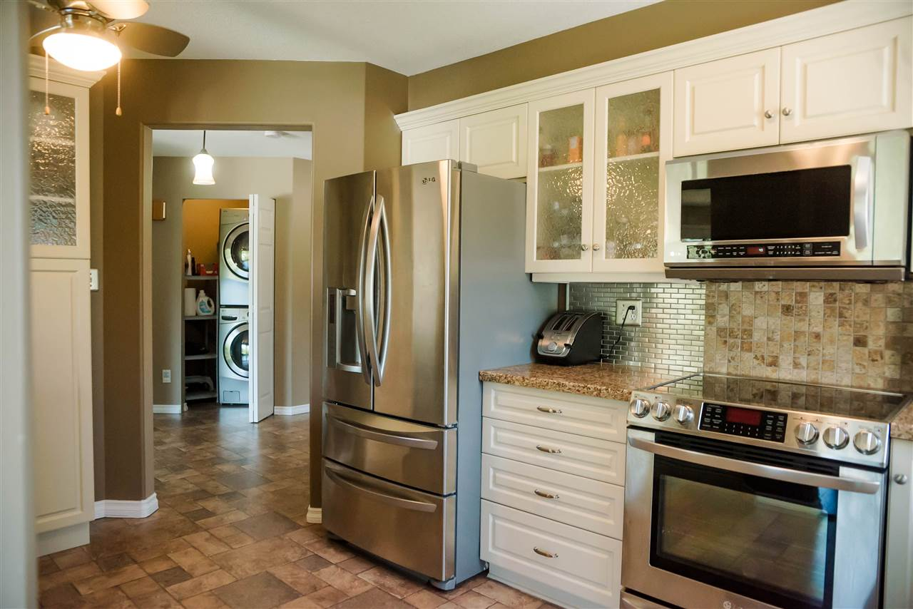 304 33731 MARSHALL ROAD - Central Abbotsford Apartment/Condo for sale, 2 Bedrooms (R2482204) - #1
