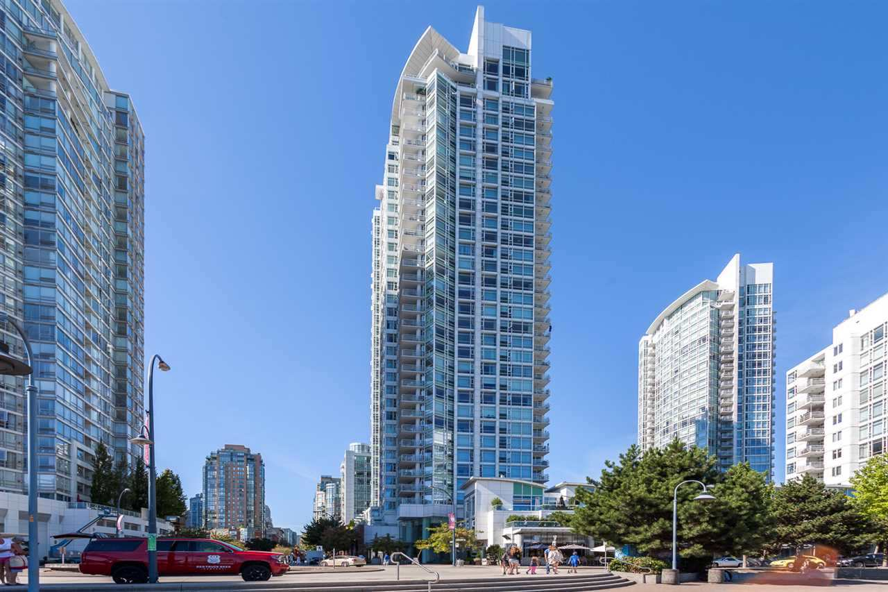 1807 1199 MARINASIDE CRESCENT - Yaletown Apartment/Condo for sale, 1 Bedroom (R2482323) - #1