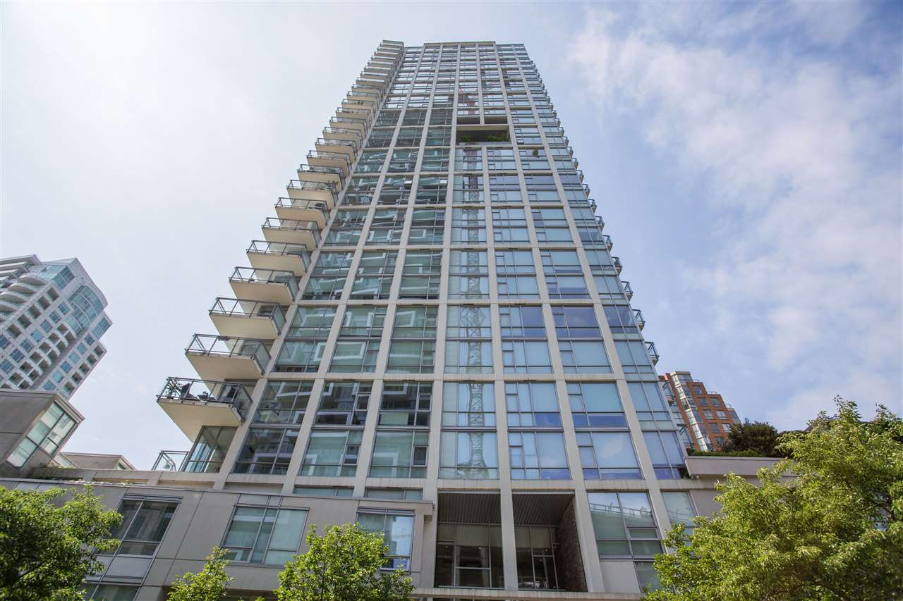 301 1455 HOWE STREET - Yaletown Apartment/Condo for sale, 2 Bedrooms (R2482632) - #1