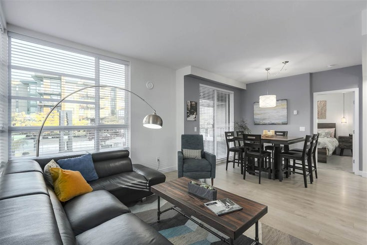 204 719 W 3RD STREET - Harbourside Apartment/Condo for sale, 3 Bedrooms (R2482645)