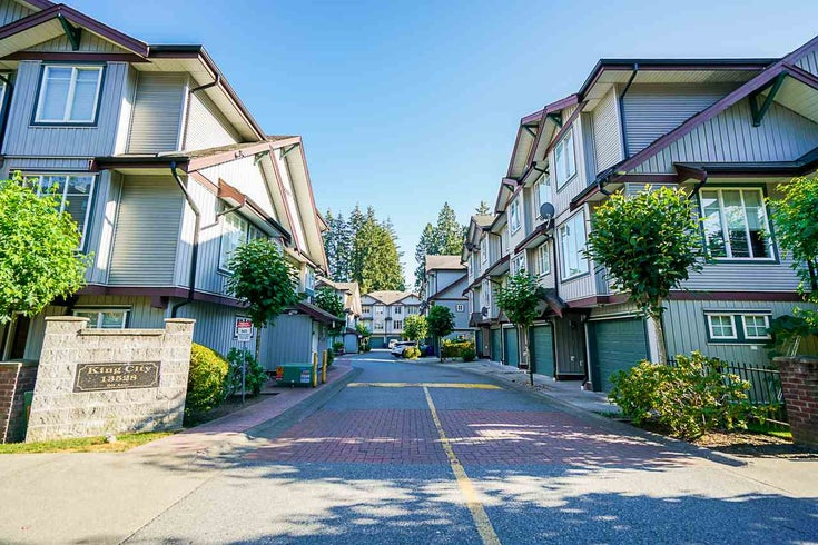 37 13528 96 AVENUE - Queen Mary Park Surrey Townhouse for sale, 3 Bedrooms (R2482758)