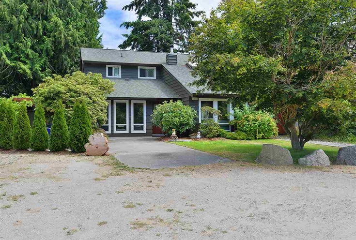 5753 SURF CIRCLE - Sechelt District House/Single Family for sale, 3 Bedrooms (R2483575)