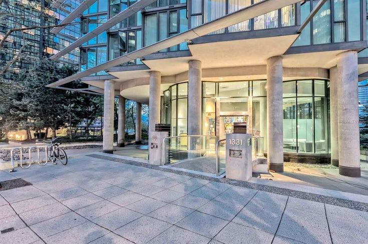 807 1331 W GEORGIA STREET - Coal Harbour Apartment/Condo for sale, 2 Bedrooms (R2483635)