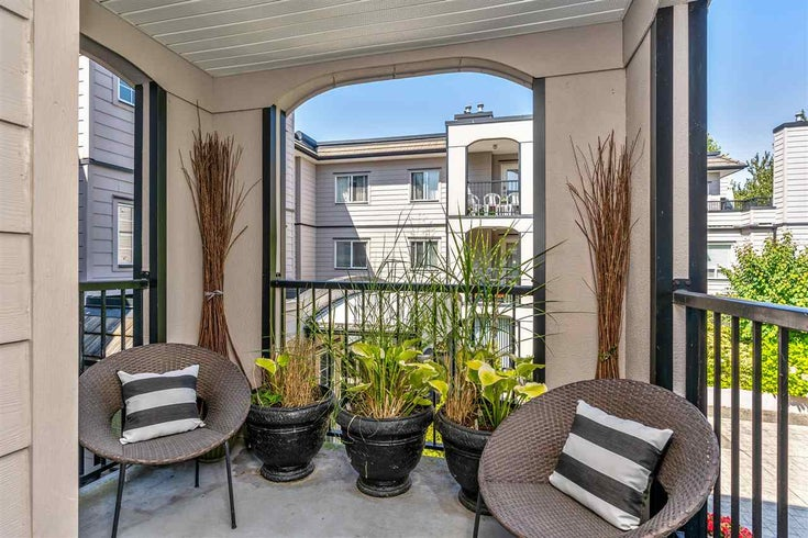 201 1533 BEST STREET - White Rock Apartment/Condo for sale, 2 Bedrooms (R2483644)