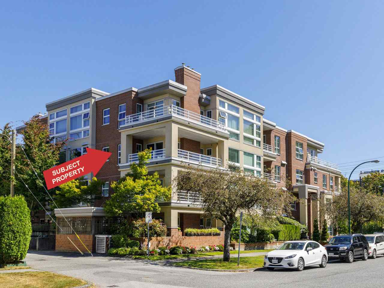 302 2105 W 42ND AVENUE - Kerrisdale Apartment/Condo for sale, 2 Bedrooms (R2483811)