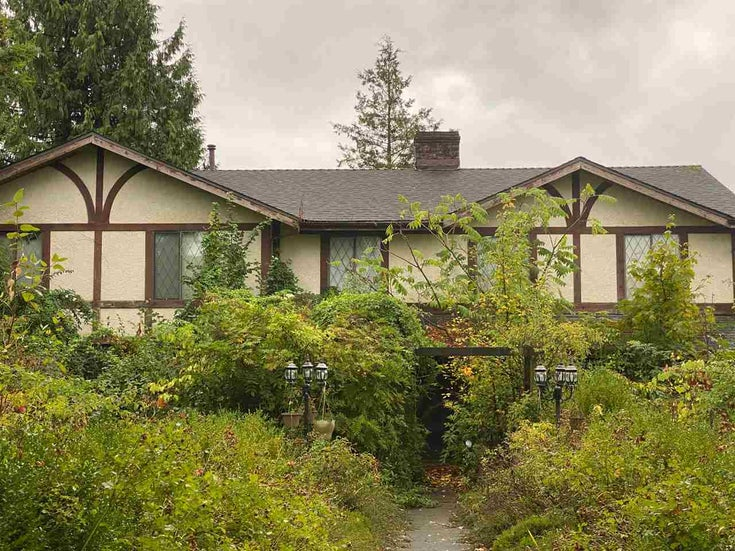 18536 64 AVENUE - Cloverdale BC House/Single Family for sale, 7 Bedrooms (R2483935)