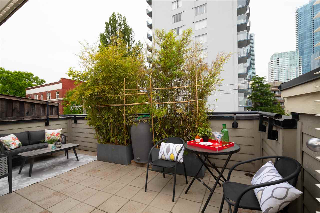 2 1137 BARCLAY STREET - West End VW Townhouse for sale, 2 Bedrooms (R2483978) - #1