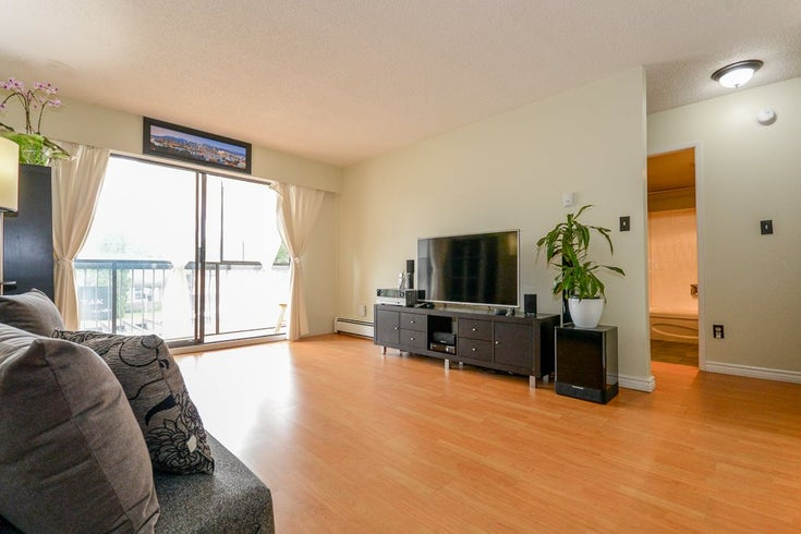 103 2425 SHAUGHNESSY STREET - Central Pt Coquitlam Apartment/Condo for sale, 1 Bedroom (R2484410)