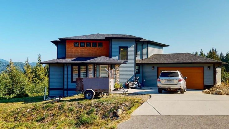 587 WOODLAND AVENUE - Gibsons & Area House/Single Family for sale, 4 Bedrooms (R2484650)