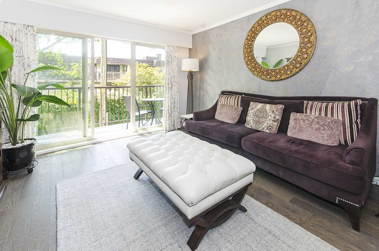 110 225 W 3RD STREET - Lower Lonsdale Apartment/Condo for sale, 2 Bedrooms (R2484795) - #1