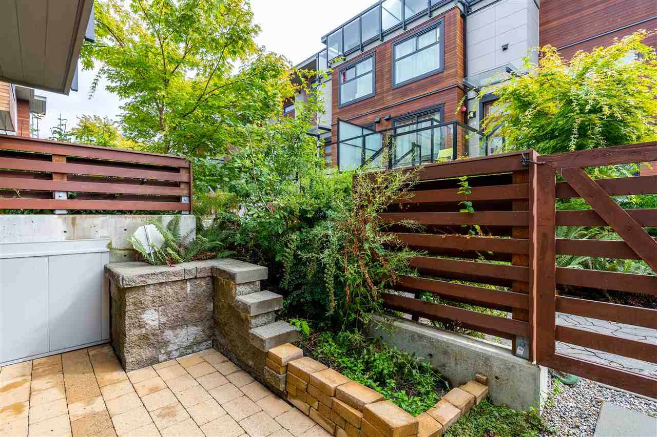 3 2358 WESTERN AVENUE - Central Lonsdale Townhouse for sale, 3 Bedrooms (R2485189) - #10