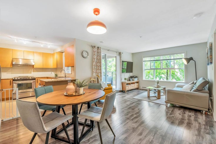 218 5889 IRMIN STREET - Metrotown Apartment/Condo for sale, 2 Bedrooms (R2485313)