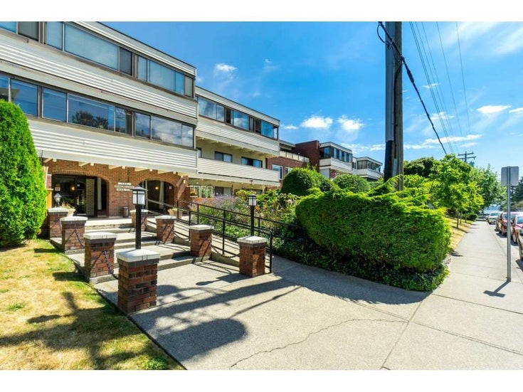 307 1448 FIR STREET - White Rock Apartment/Condo for sale, 2 Bedrooms (R2485459)