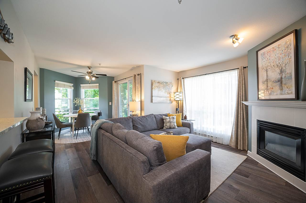 304 2437 WELCHER AVENUE - Central Pt Coquitlam Apartment/Condo for sale, 2 Bedrooms (R2485538) - #1