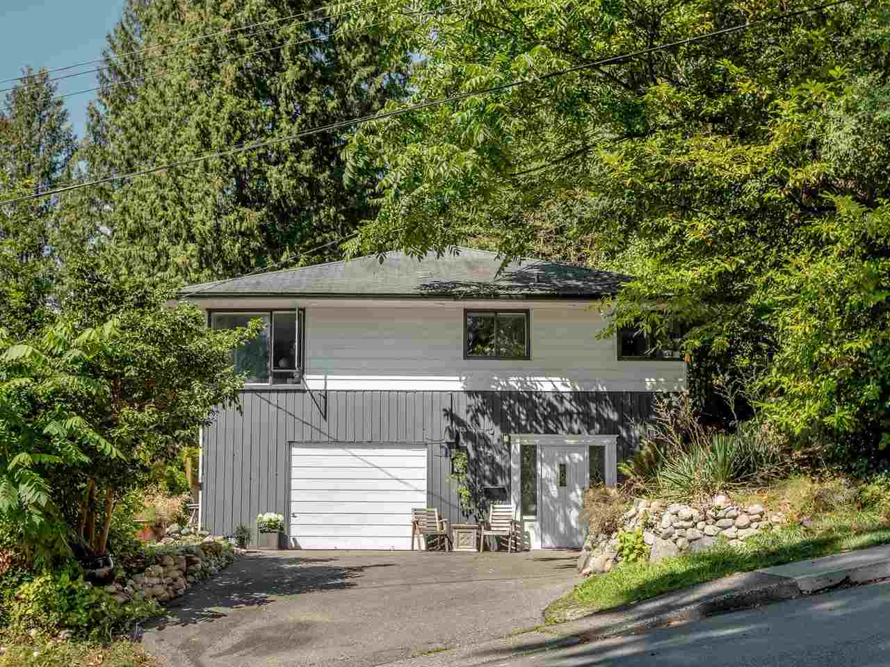 428 E 19TH STREET - Central Lonsdale House/Single Family for sale, 4 Bedrooms (R2486067) - #1