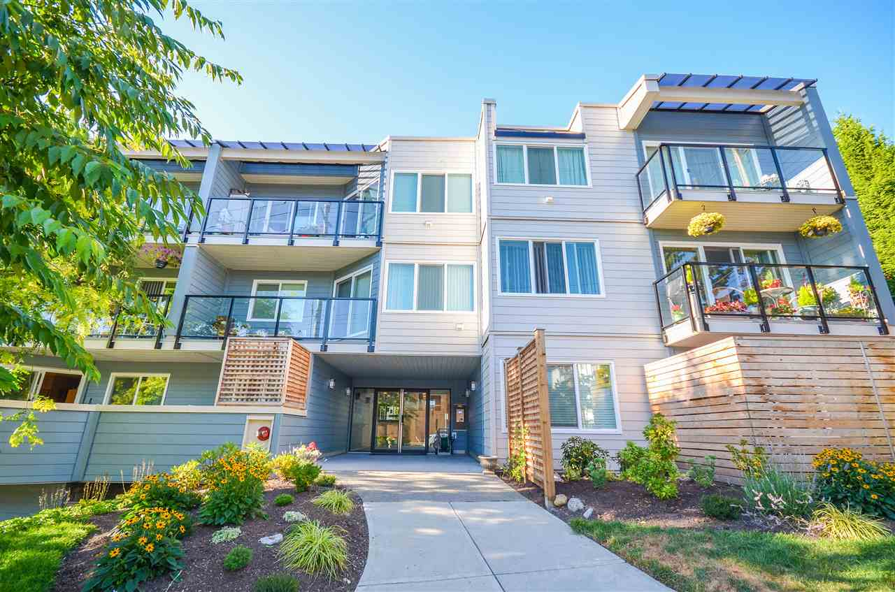 204 156 W 21ST STREET - Central Lonsdale Apartment/Condo for sale, 2 Bedrooms (R2486113) - #1