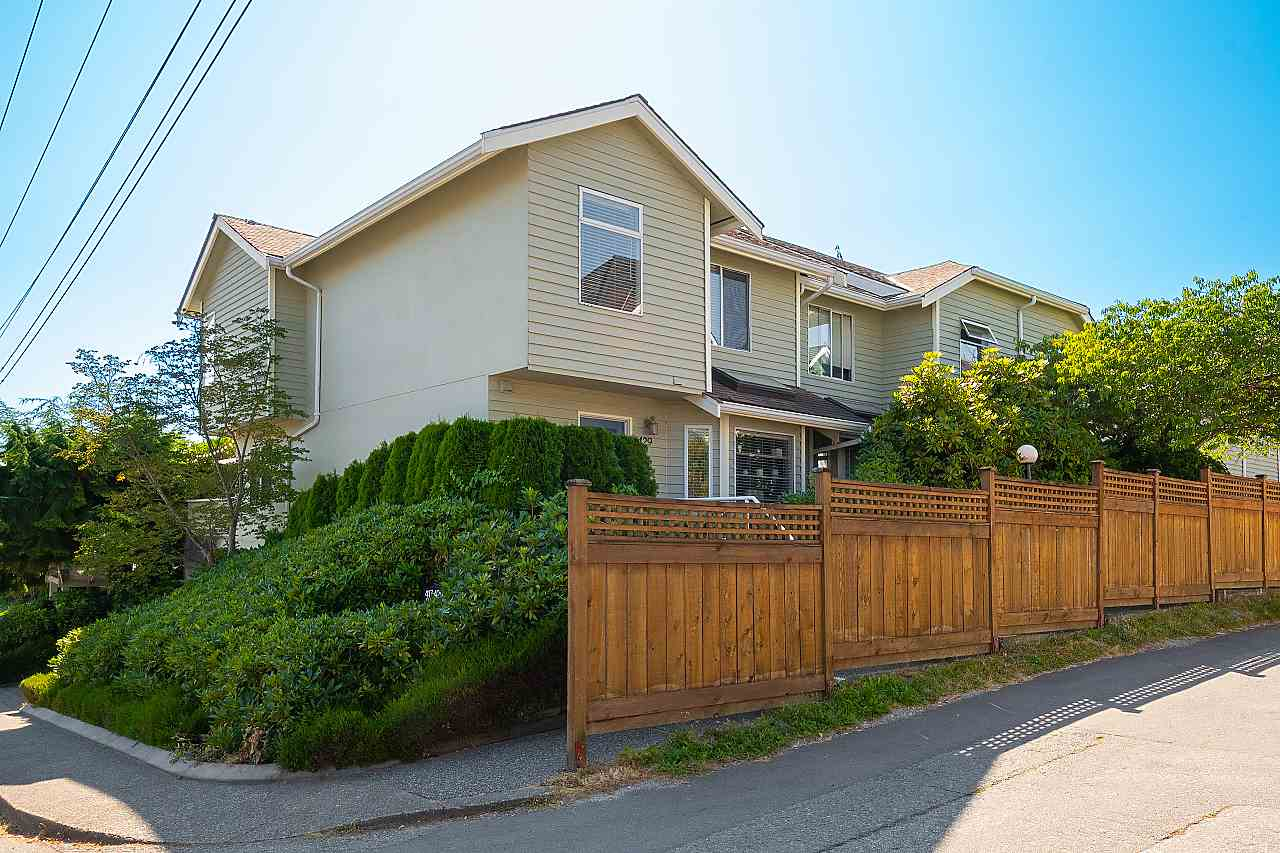 429 ST. ANDREWS AVENUE - Lower Lonsdale Apartment/Condo for sale, 3 Bedrooms (R2486173) - #1