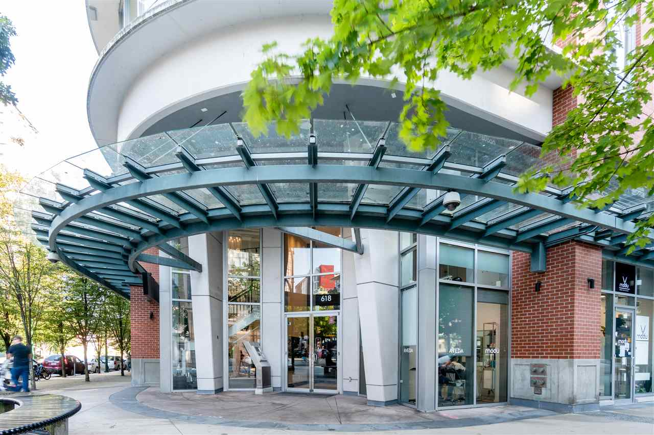 317 618 ABBOTT STREET - Downtown VW Apartment/Condo for sale, 1 Bedroom (R2486408) - #1
