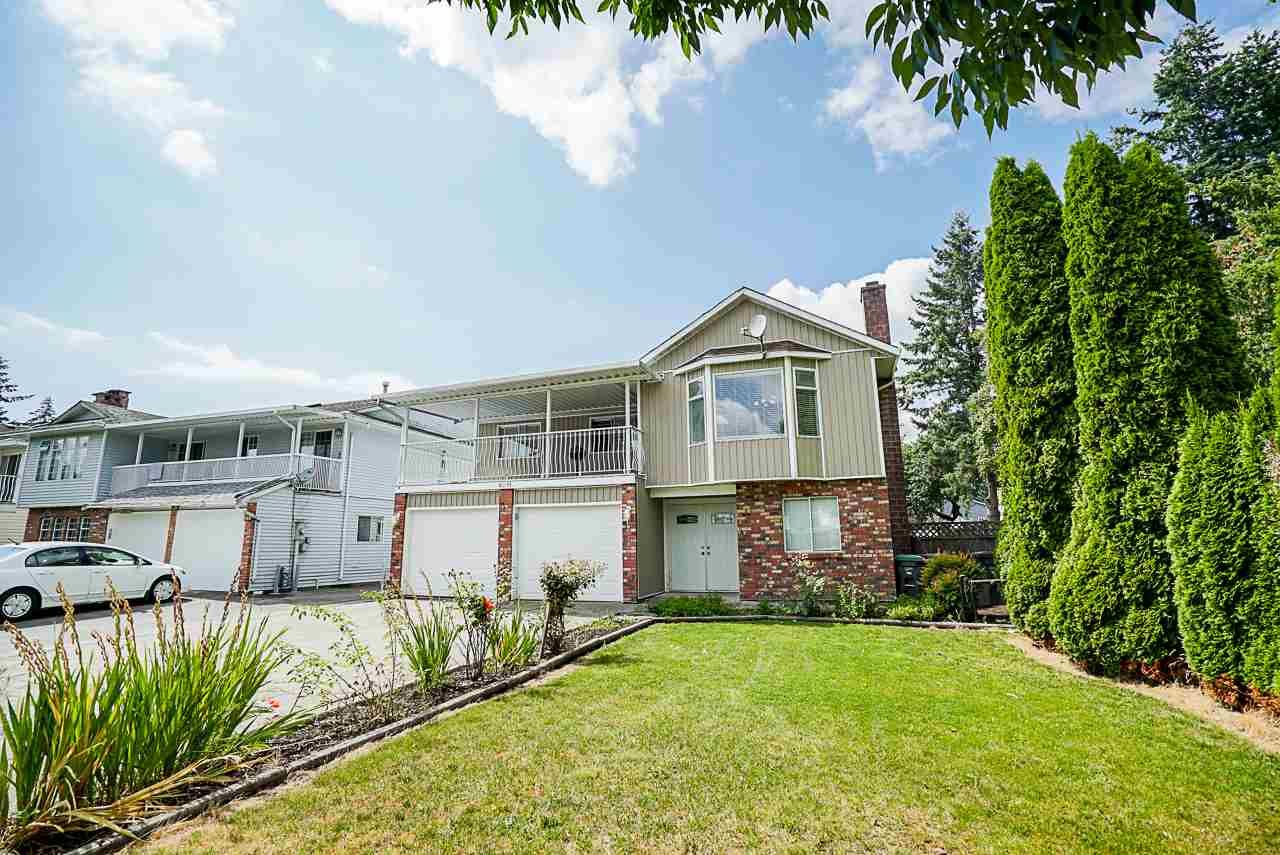 8091 123 STREET - Queen Mary Park Surrey House/Single Family for sale, 6 Bedrooms (R2486496)