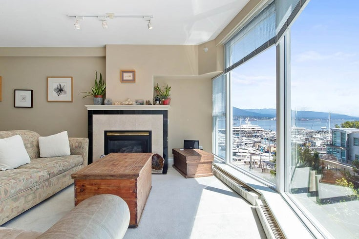 602 535 NICOLA STREET - Coal Harbour Apartment/Condo for sale, 3 Bedrooms (R2486799)
