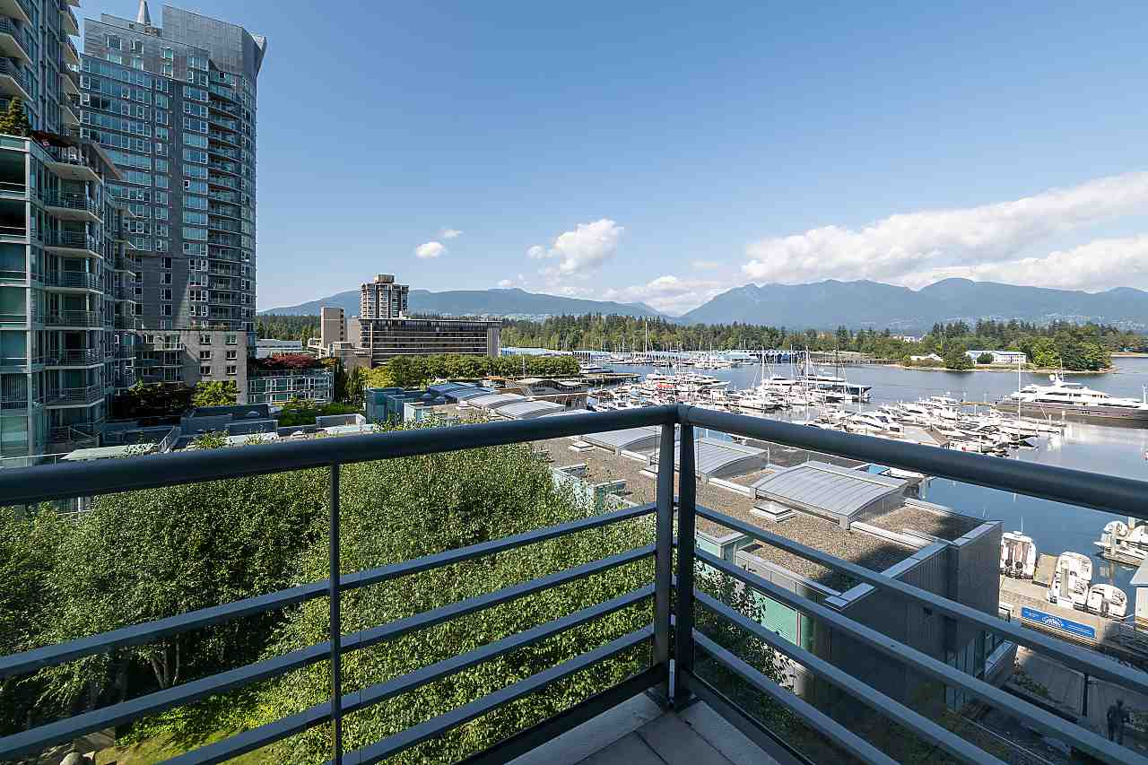 607 499 BROUGHTON STREET - Coal Harbour Apartment/Condo for sale, 1 Bedroom (R2487496) - #1